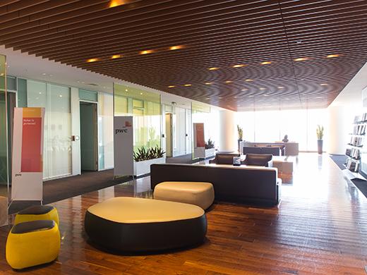 東京オフィスのエントランス風景